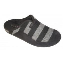 Zapatillas para casa comodas en color negro / gris